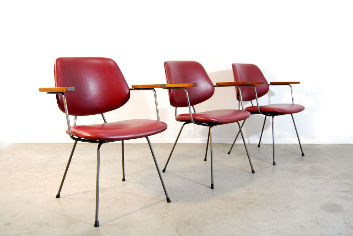 industrieller roter skai stuhl 1970er bei pamono kaufen. Black Bedroom Furniture Sets. Home Design Ideas