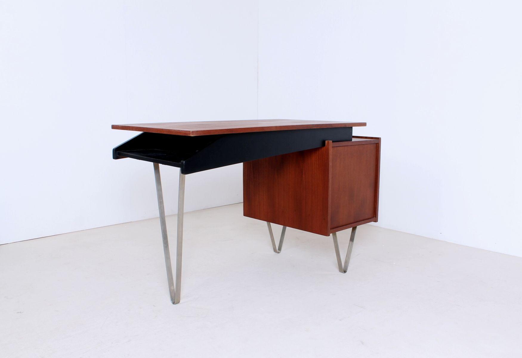 teak schreibtisch mit gebogenen beinen von cees braakman. Black Bedroom Furniture Sets. Home Design Ideas
