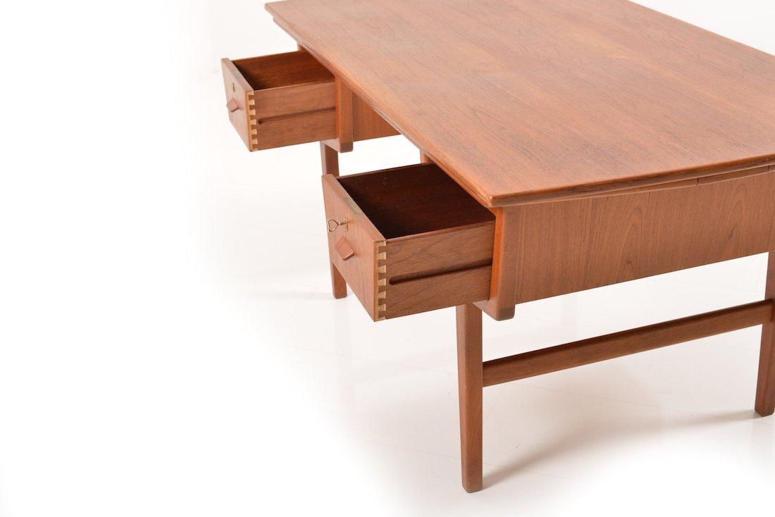 d nischer ausziehbarer mid century teak schreibtisch bei. Black Bedroom Furniture Sets. Home Design Ideas