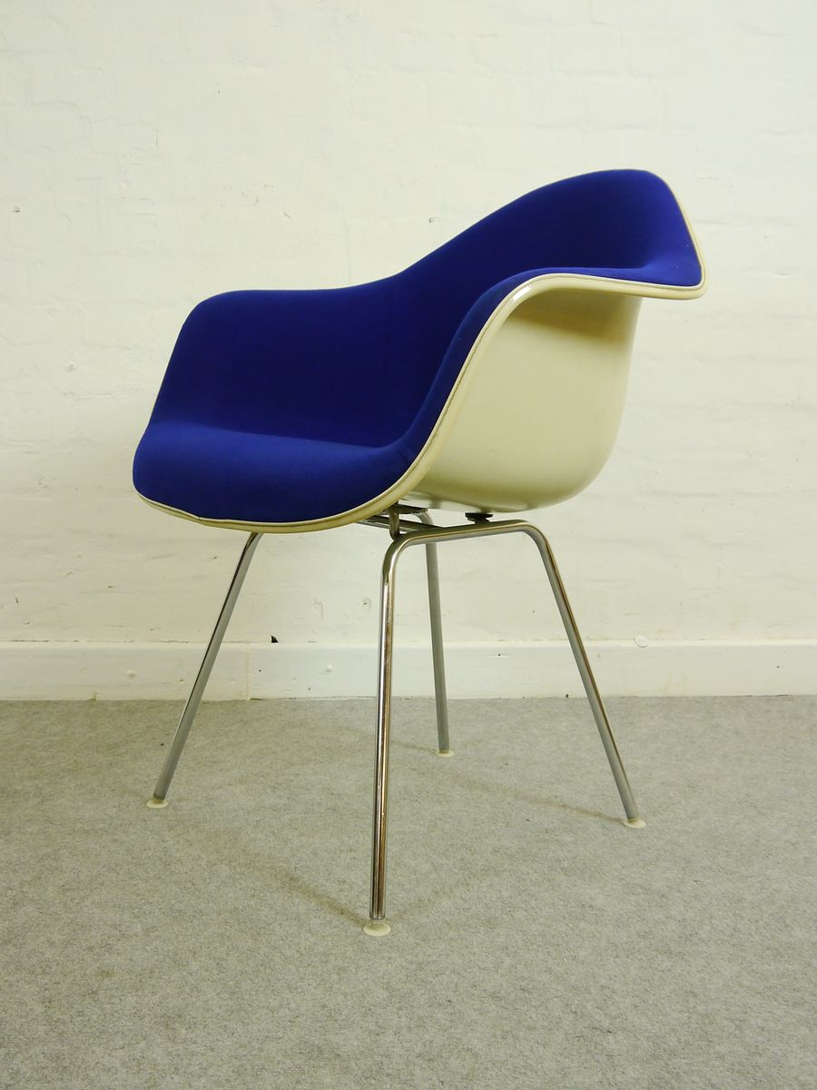 Vintage dining armchair by charles eames for herman miller for sale at pamono - Herman miller vintage ...