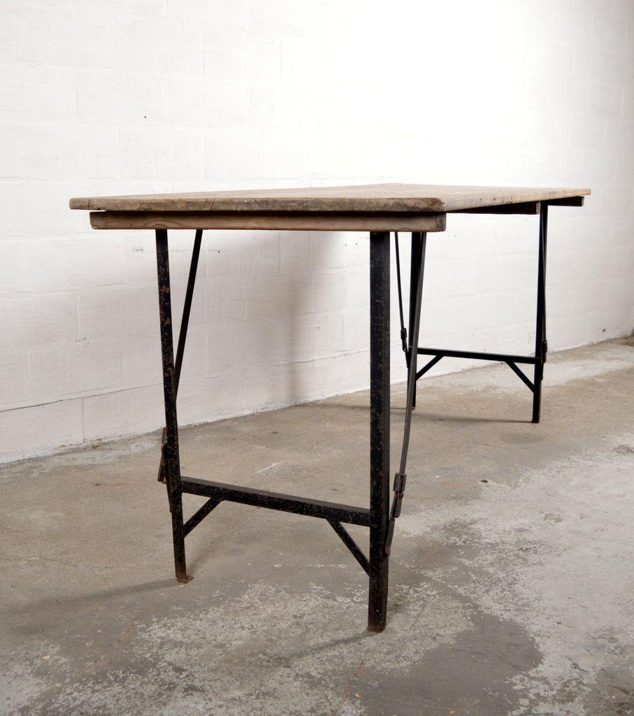vintage industrial folding table for sale at pamono. Black Bedroom Furniture Sets. Home Design Ideas