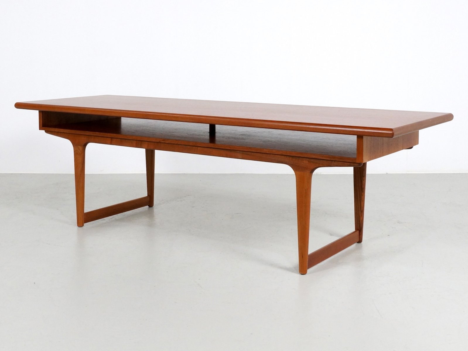 Large Teak Danish Coffee Table, 1960s For Sale At Pamono