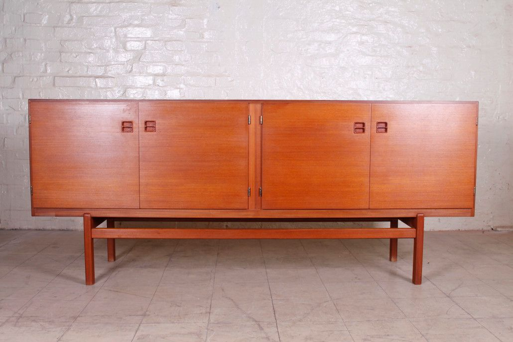 Danish teak sideboard by poul jessen for viby 1960s for for Sideboard 60er jahre