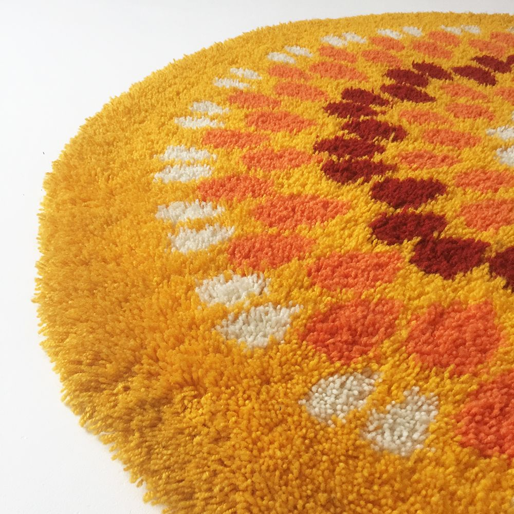 Yellow Pop Art Shag Rug 1970s For Sale At Pamono