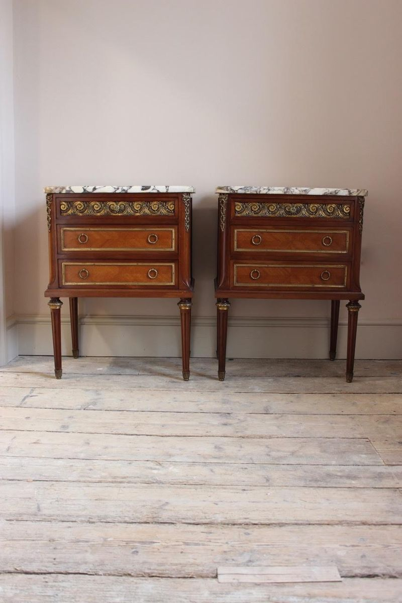 Vintage French Bedside Tables, 1950s, Set of 2 for sale at Pamono