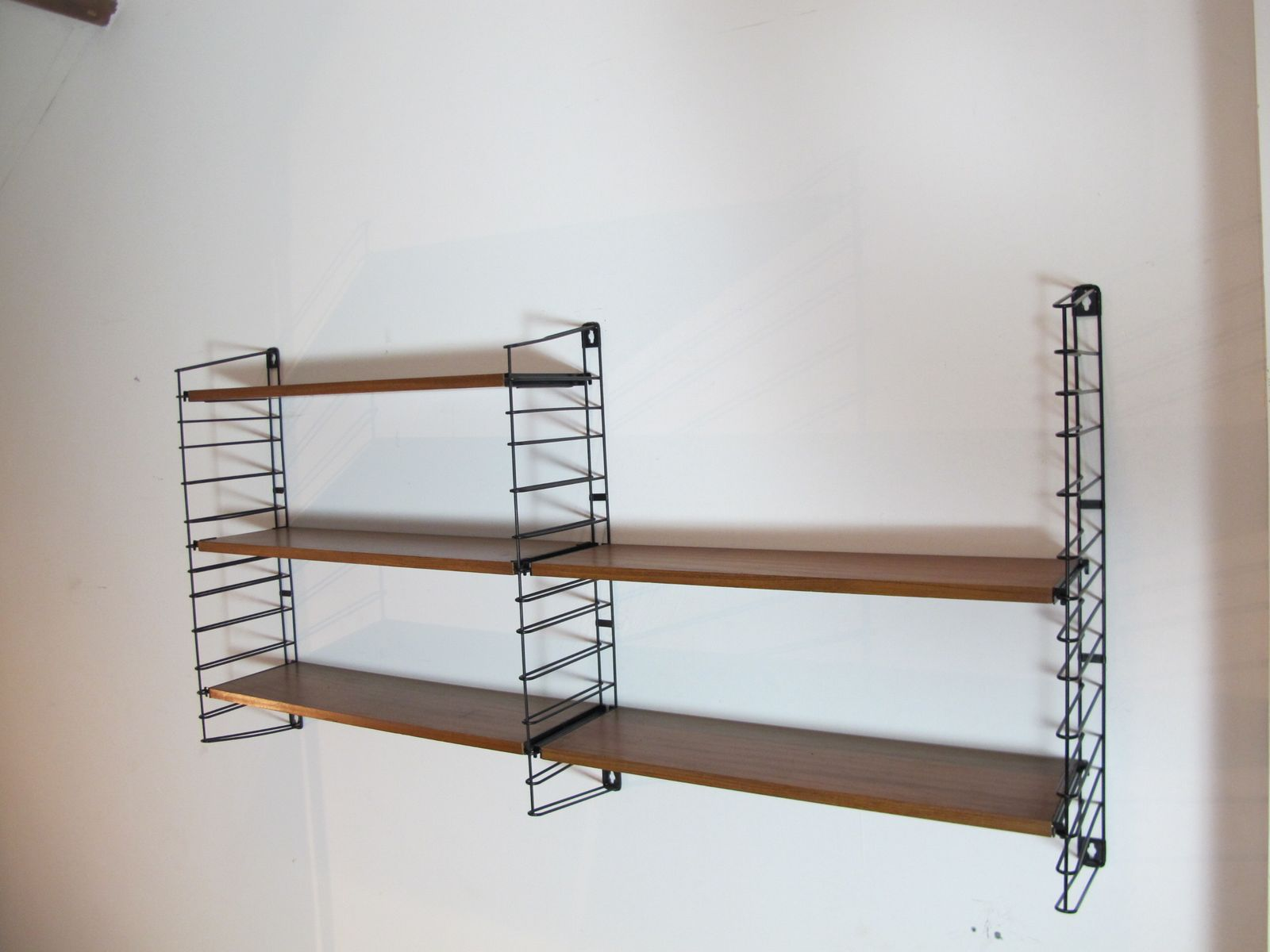 metall teak regalsystem von a dekker f r tomado 1960er. Black Bedroom Furniture Sets. Home Design Ideas