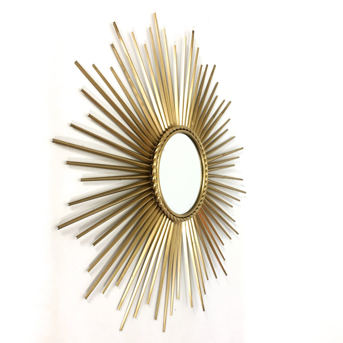 Miroir mid century en forme de soleil dor de chaty for Chaty vallauris miroir