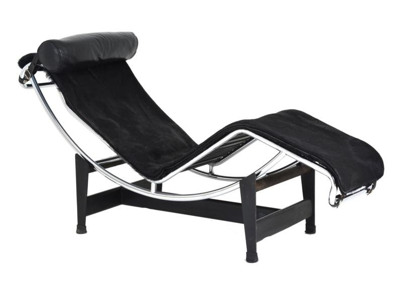Lc4 chaise lounge by le corbusier pierre jeanneret for Chaise longue design le corbusier