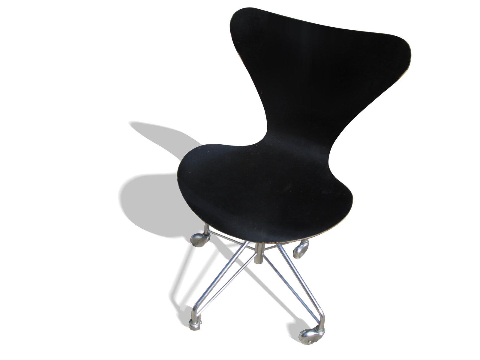 3117 stuhl von arne jacobsen f r fritz hansen 1980er bei. Black Bedroom Furniture Sets. Home Design Ideas
