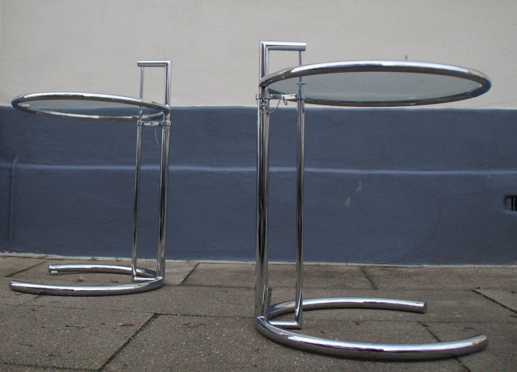 franz sische chrom glas beistelltische 1970er 2er set bei pamono kaufen. Black Bedroom Furniture Sets. Home Design Ideas