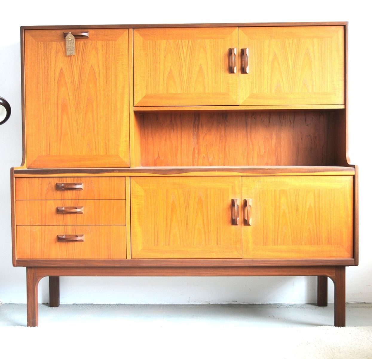 vintage highboard by g plan for sale at pamono. Black Bedroom Furniture Sets. Home Design Ideas