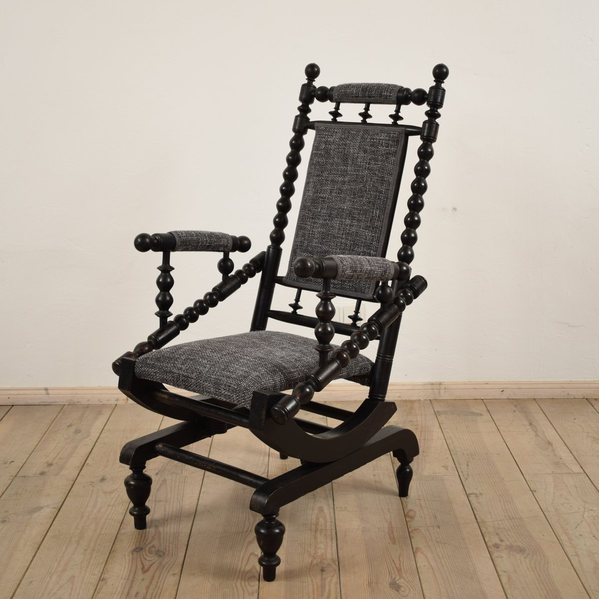 Antique American Rocking Chair - Antique American Rocking Chair For Sale At Pamono