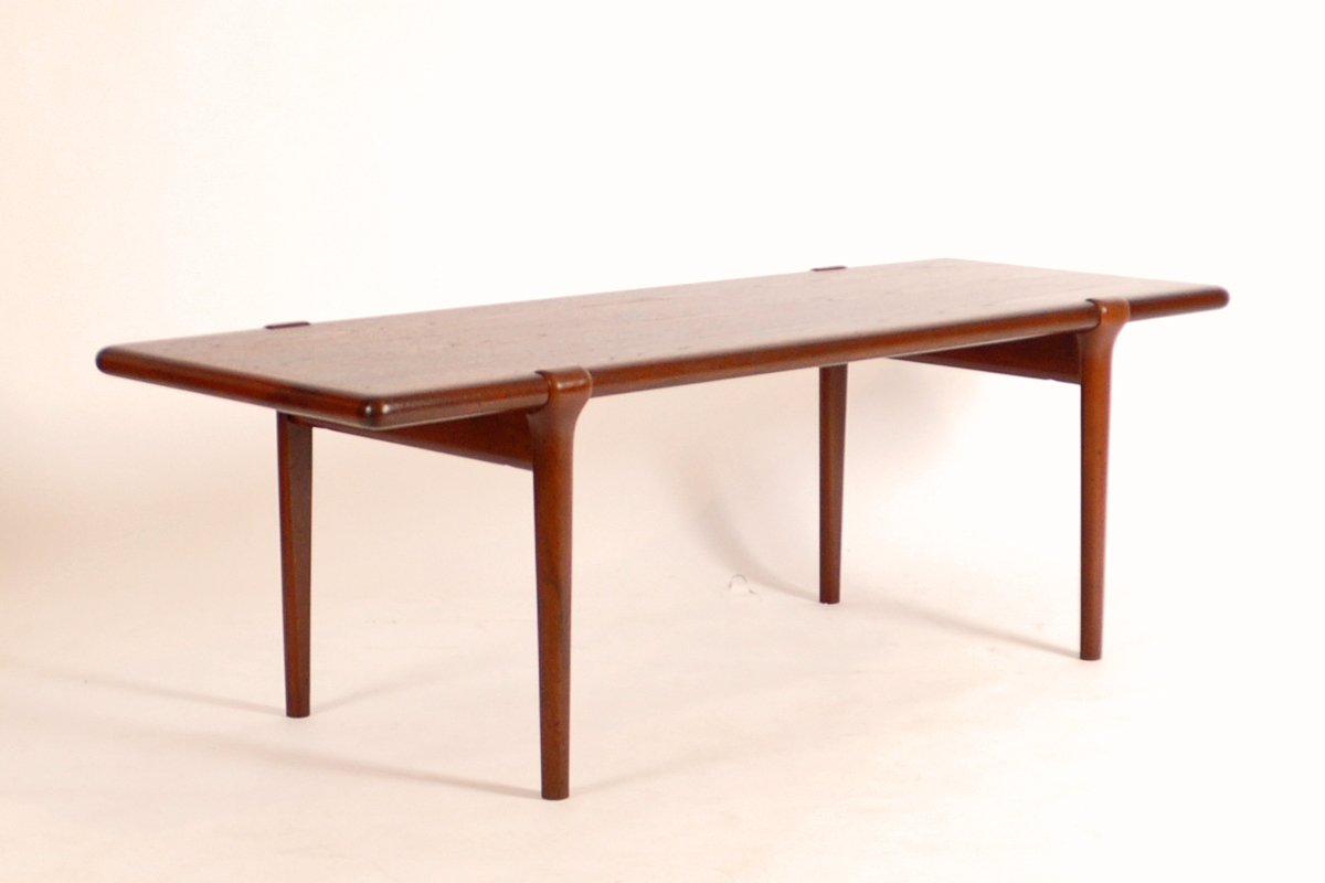 Mid Century Danish Coffee Table In Teak By Niels O M Ller For Sale At Pamono