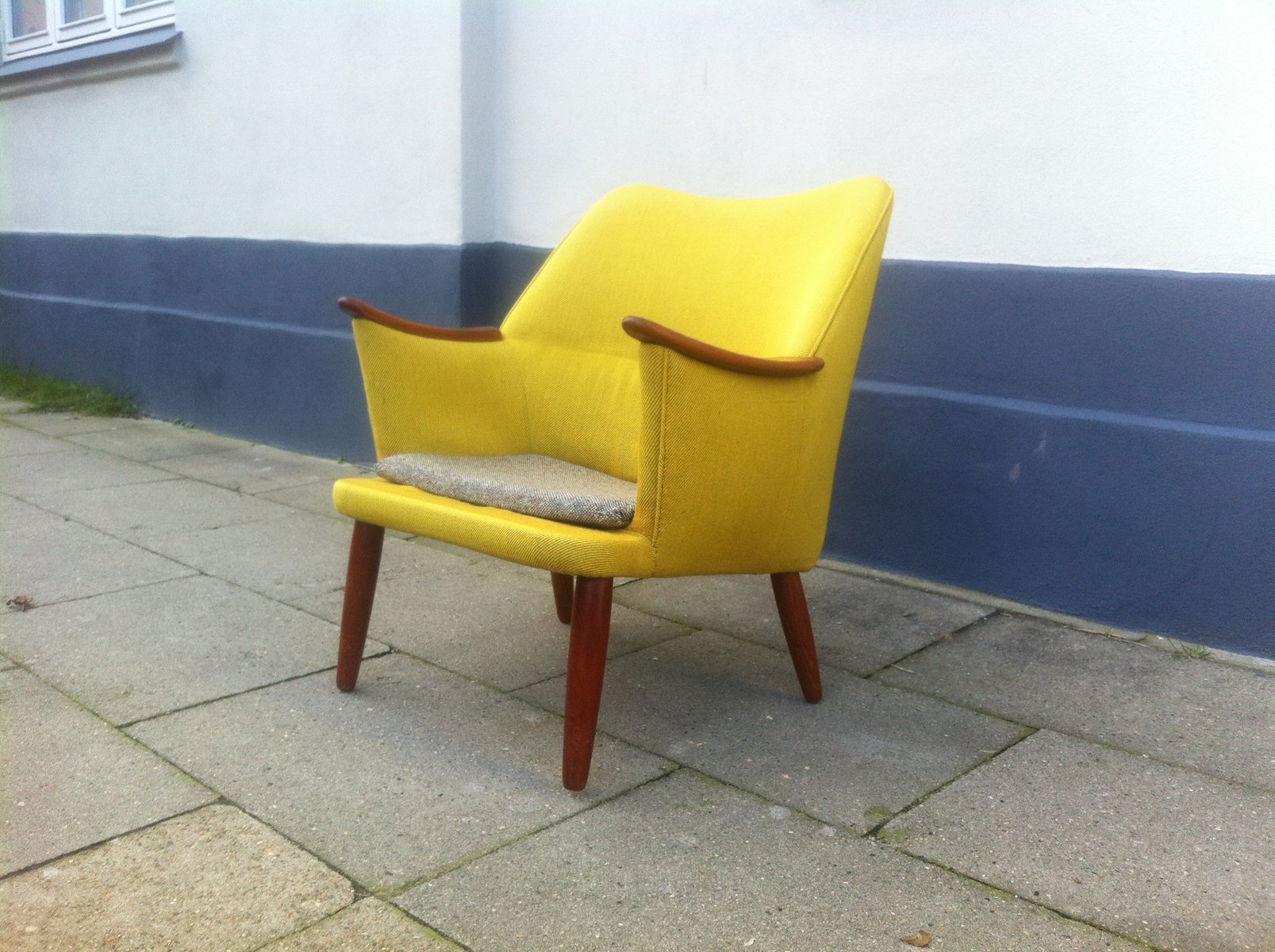 danish mid century modern easy chair in yellow wool with teak accents 1950s - Mid Century Modern Furniture Of The 1950s
