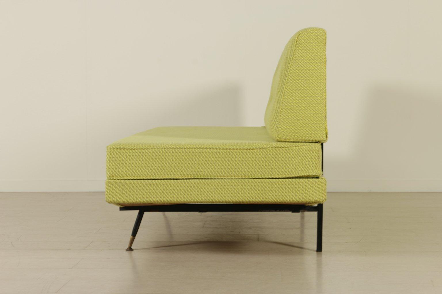 gelbes vintage sofa 1950er bei pamono kaufen. Black Bedroom Furniture Sets. Home Design Ideas