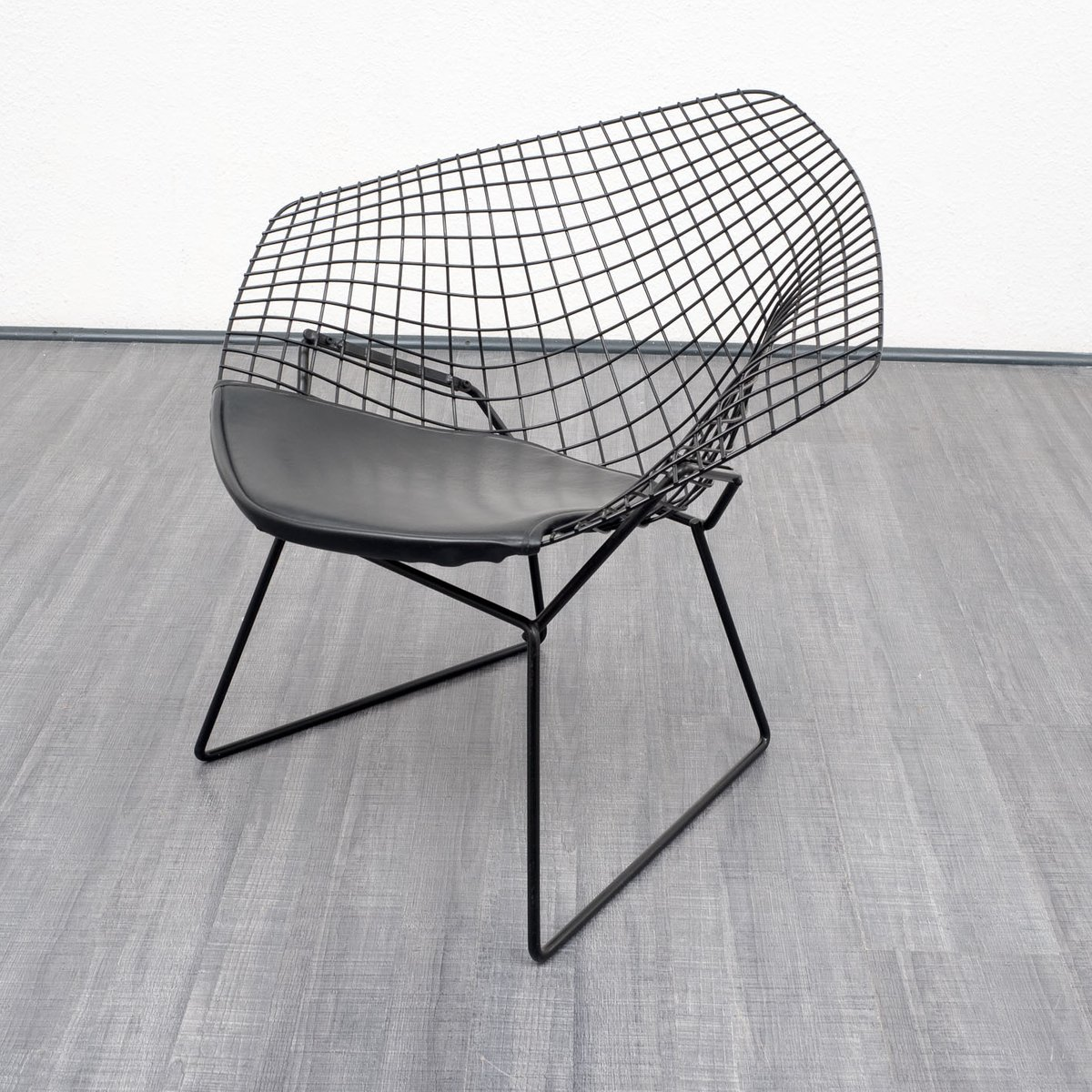 diamond chair by harry bartoia for knoll 1950s for sale at pamono. Black Bedroom Furniture Sets. Home Design Ideas