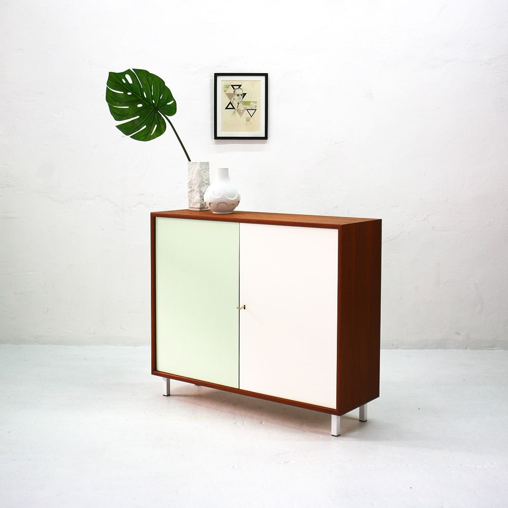 zweit rige teakholz kommode von wk m bel 1960er bei pamono kaufen. Black Bedroom Furniture Sets. Home Design Ideas