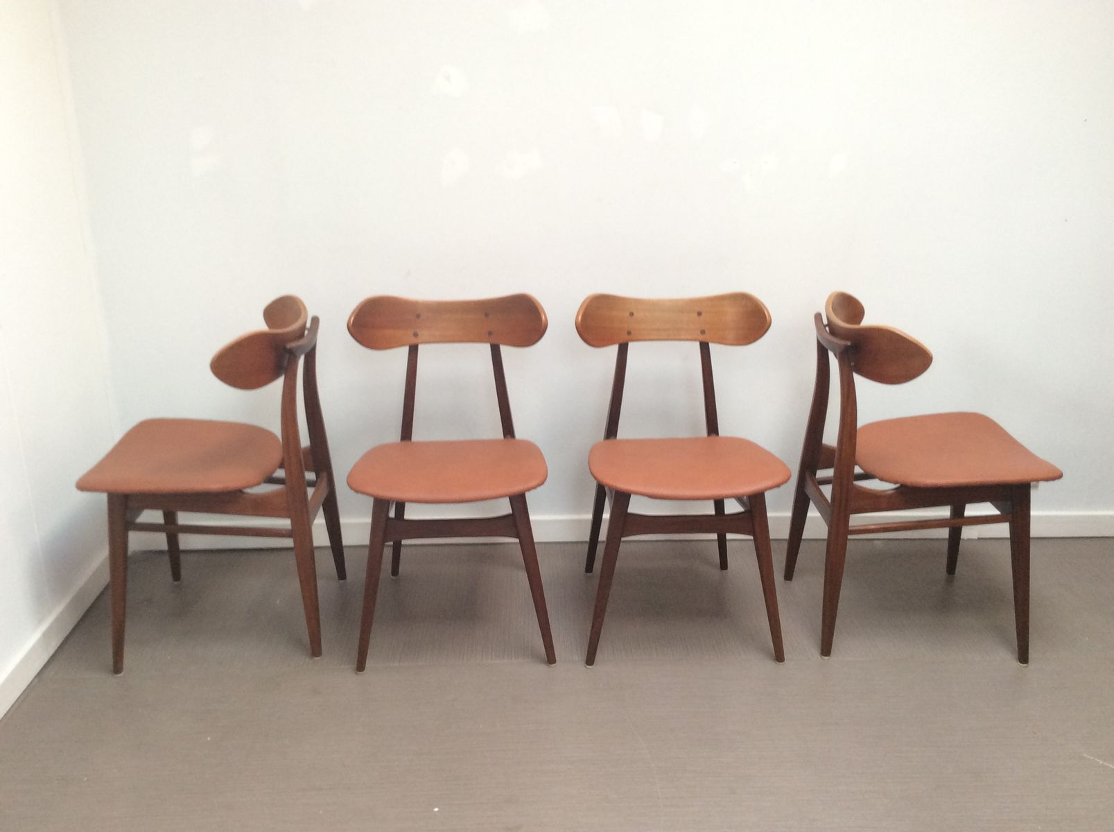 Mid Century Dining Chairs By Louis Van Teeffelen For Wébé, Set Of 4