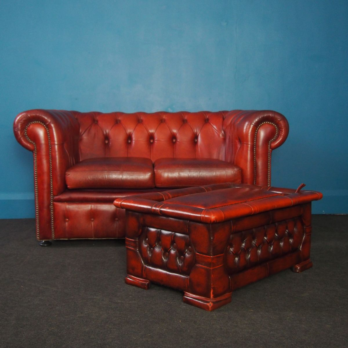 curved back chesterfield sofa mjob