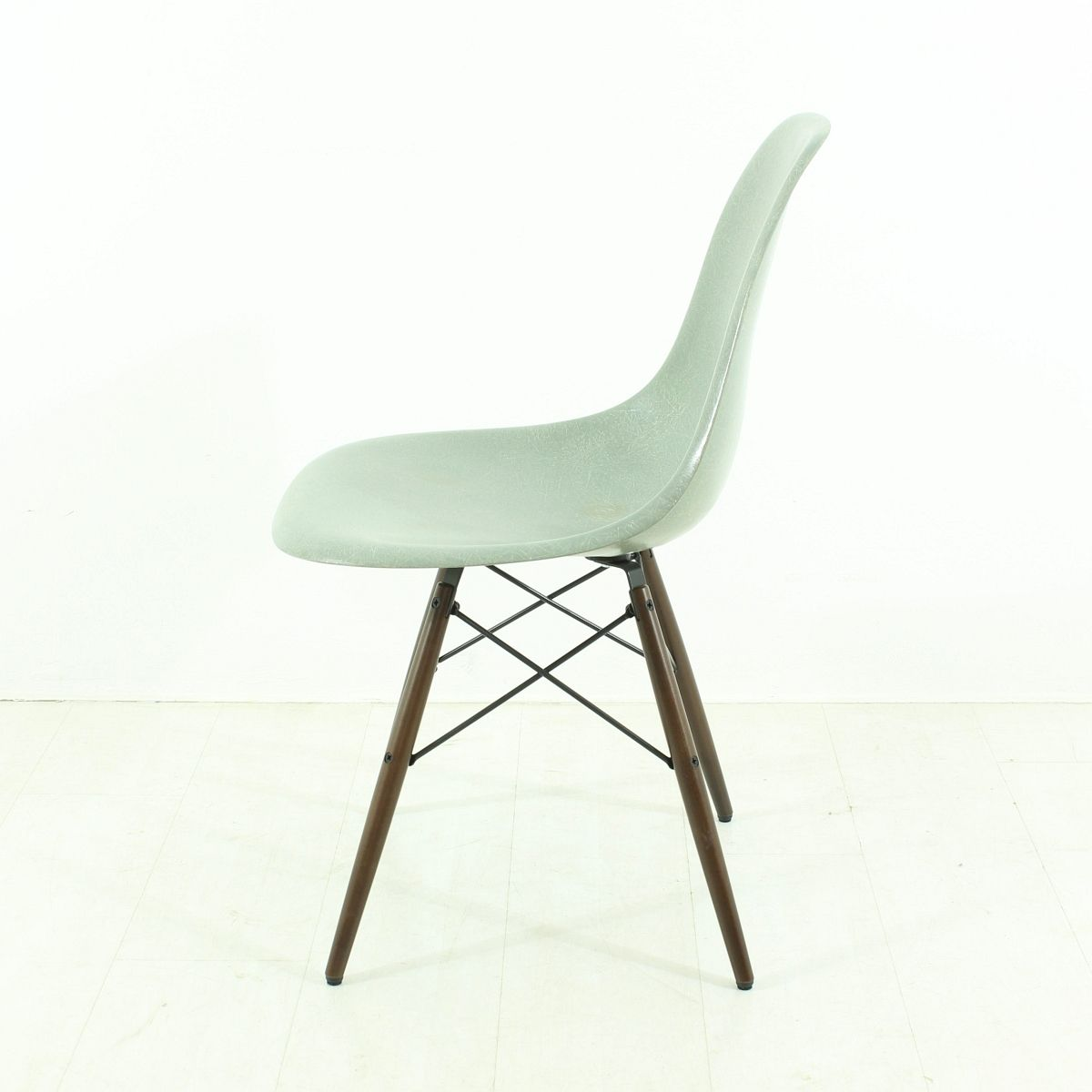vintage seafoam chair by charles ray eames for vitra for sale at pamono. Black Bedroom Furniture Sets. Home Design Ideas