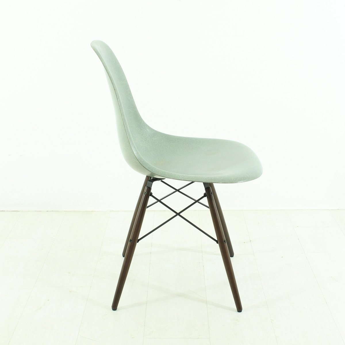 vintage seafoam chair by charles ray eames for vitra for. Black Bedroom Furniture Sets. Home Design Ideas