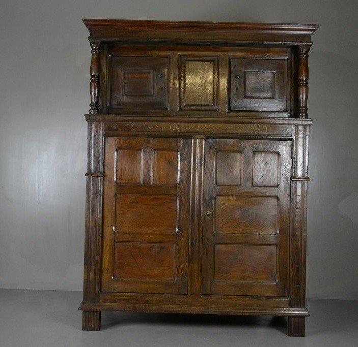Antique Rustic Oak Court Cupboard - Antique Rustic Oak Court Cupboard For Sale At Pamono