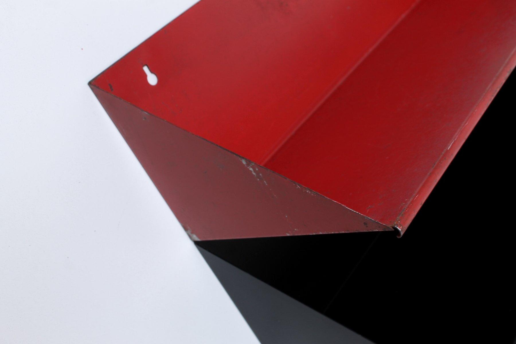 mid century metall wandregale in rot schwarz von d. Black Bedroom Furniture Sets. Home Design Ideas