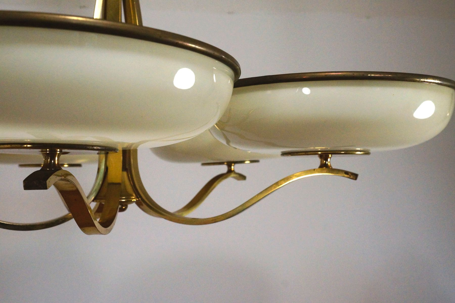 h ngelampe aus glas messing 1940er bei pamono kaufen. Black Bedroom Furniture Sets. Home Design Ideas