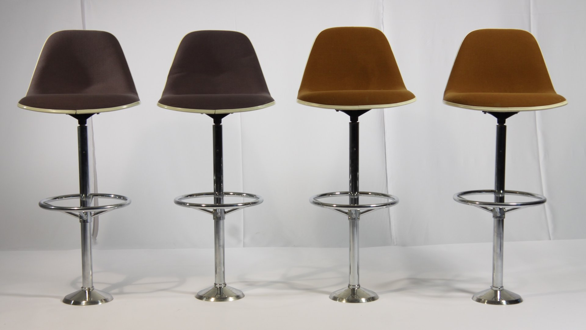 Tavolo alto con sgabelli images set tavolo alto con