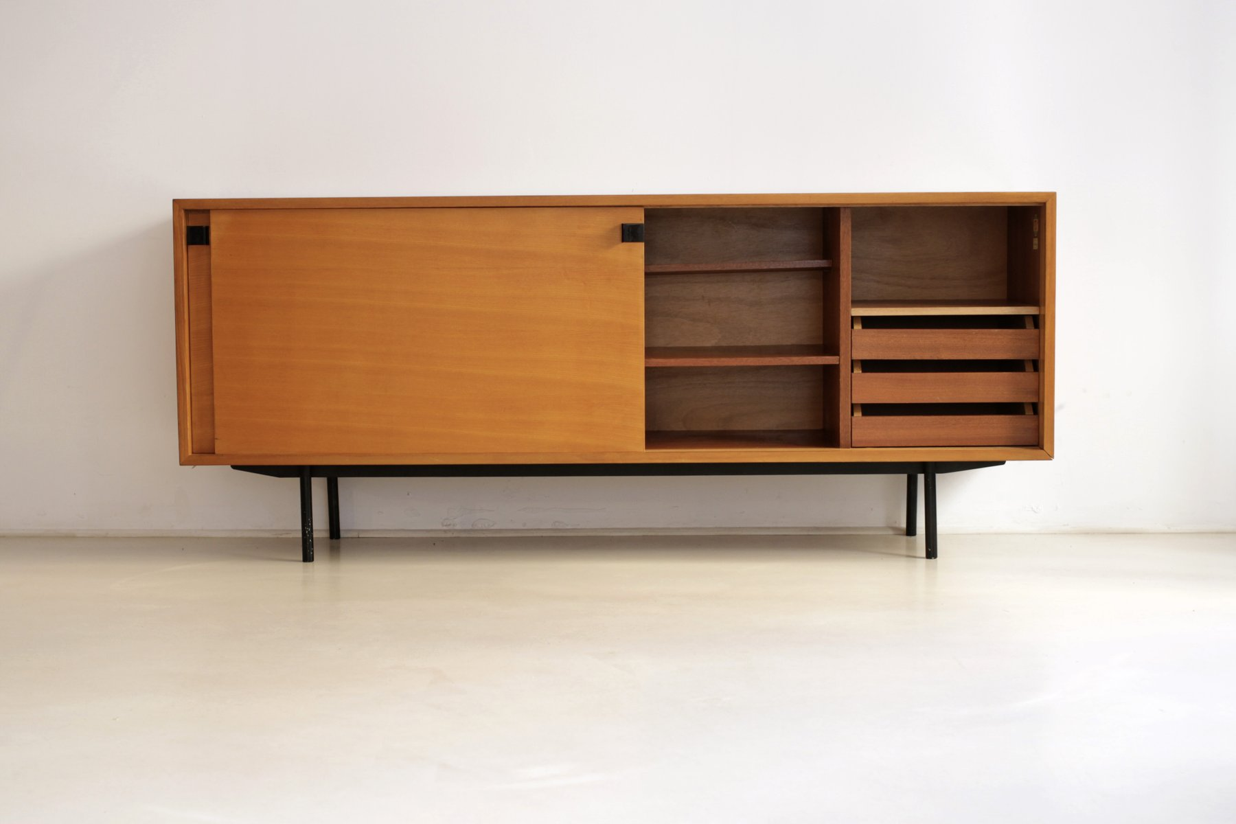 French sideboard by alain richard for meubles tv 1953 en for Meubles richard