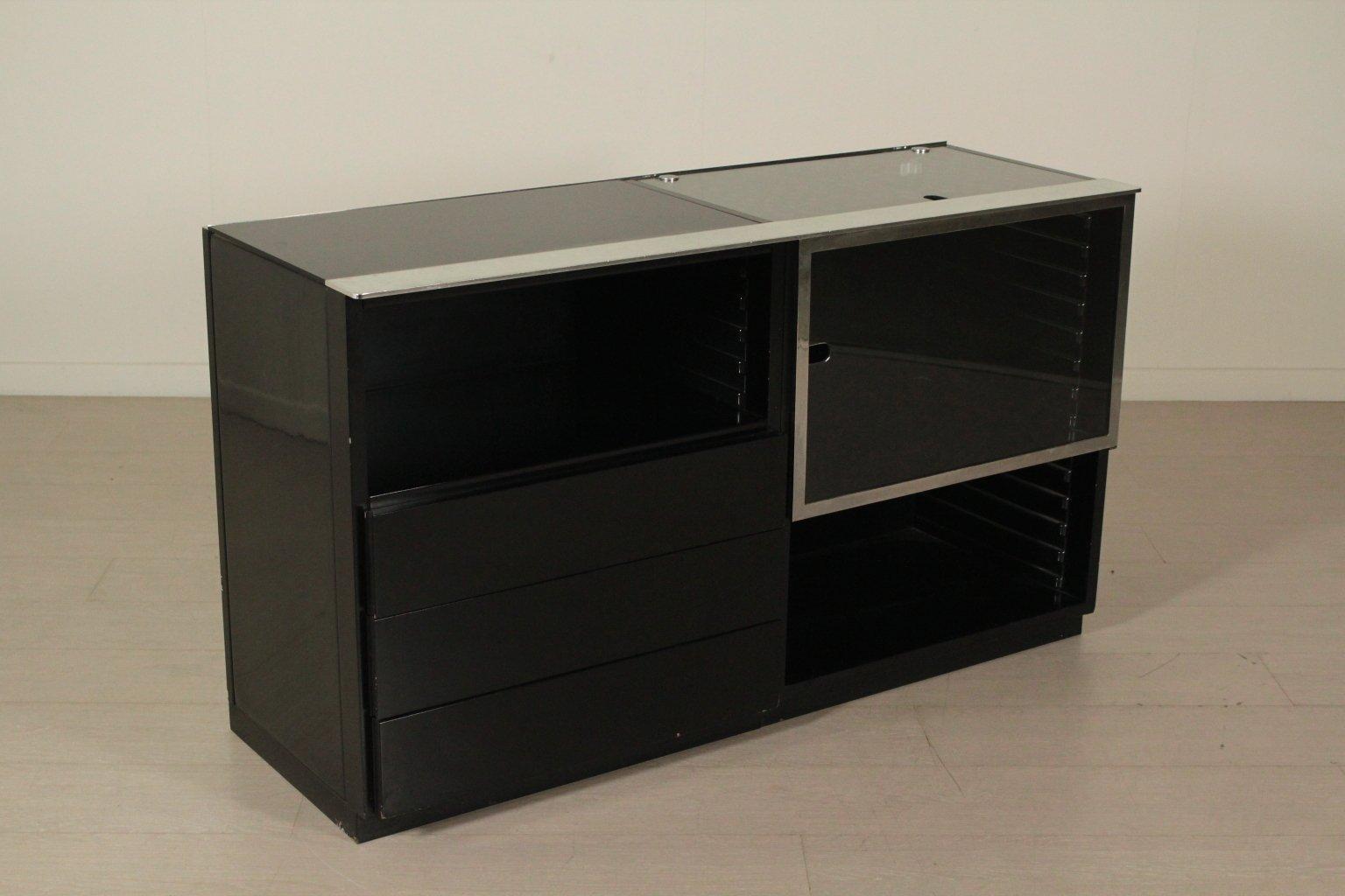 italienischer schrank aus lackiertem holz metall glas 1970er bei pamono kaufen. Black Bedroom Furniture Sets. Home Design Ideas