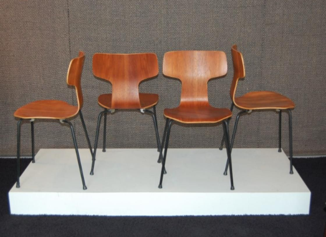 teak st hle von arne jacobsen f r fritz hansen 1960 4er. Black Bedroom Furniture Sets. Home Design Ideas