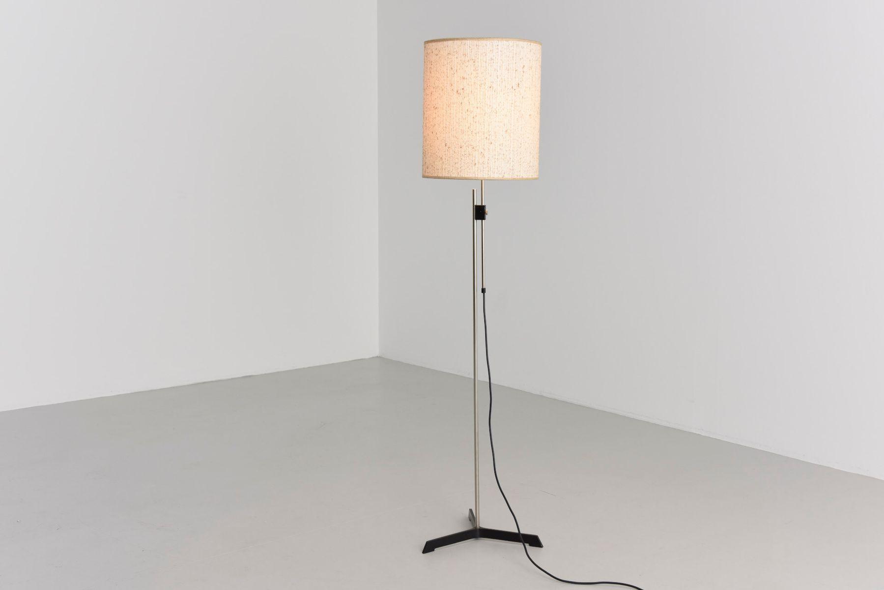 lampadaire ajustable avec abat jour en lin en vente sur pamono. Black Bedroom Furniture Sets. Home Design Ideas