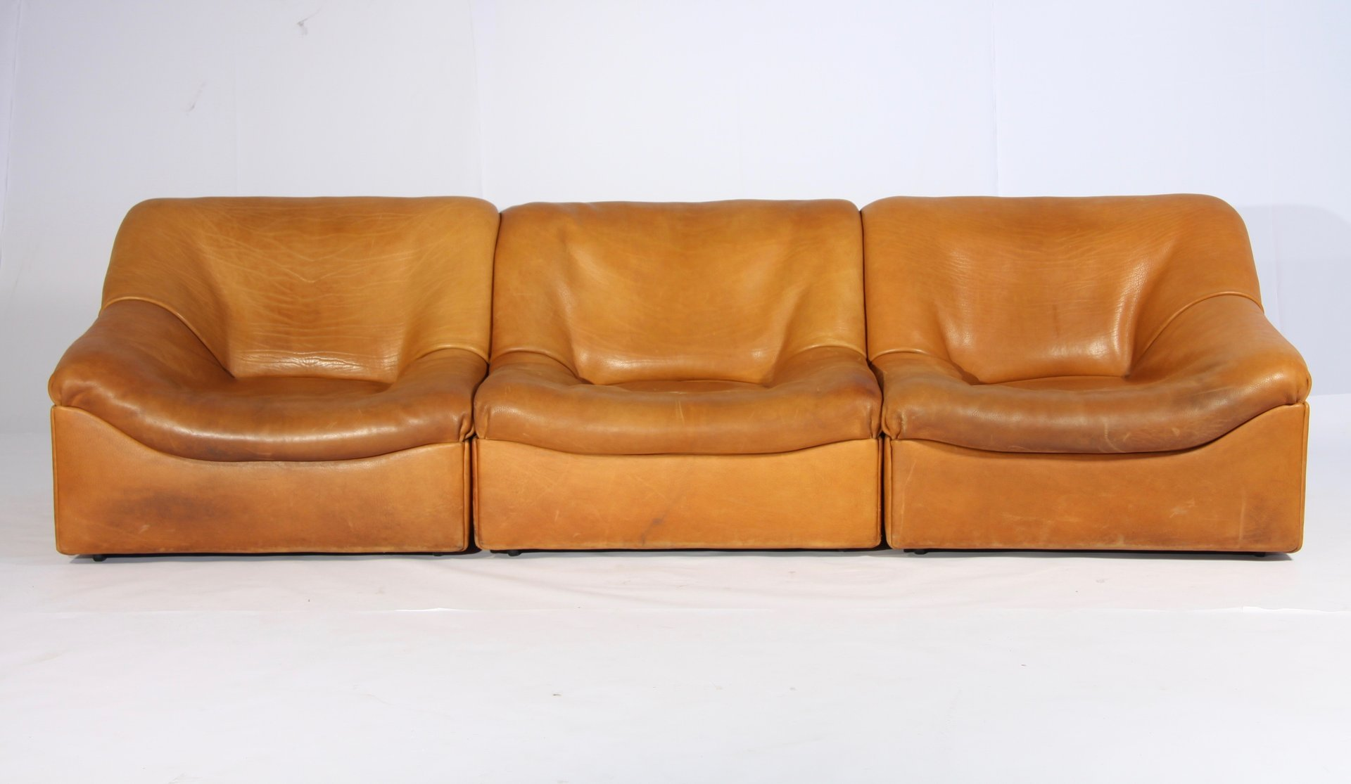DS 46 Thick Buffalo Leather Lounging Chairs From De Sede, 1970s, Set Of 3