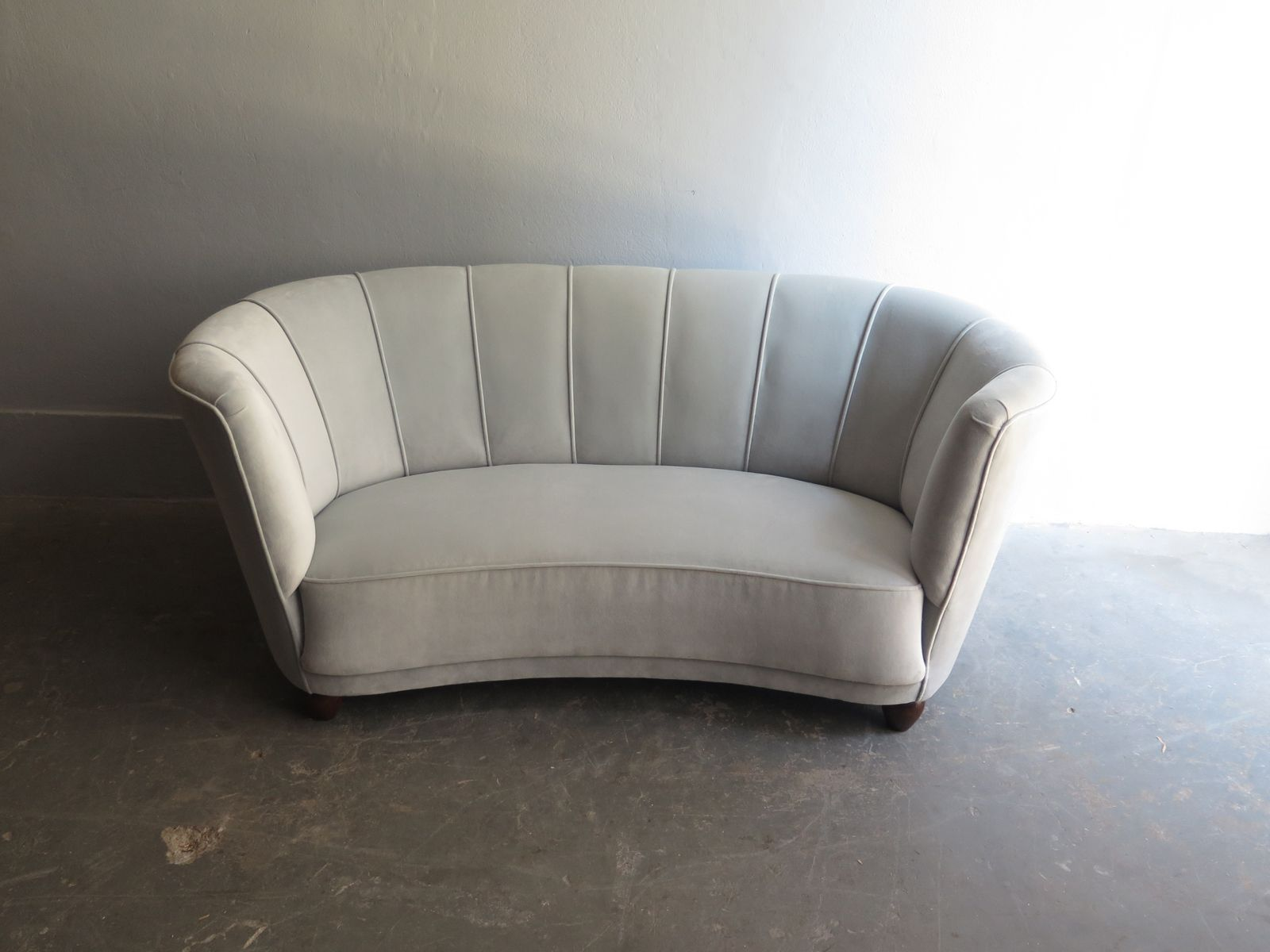 art deco sofa with light grey velvet upholstery for sale. Black Bedroom Furniture Sets. Home Design Ideas