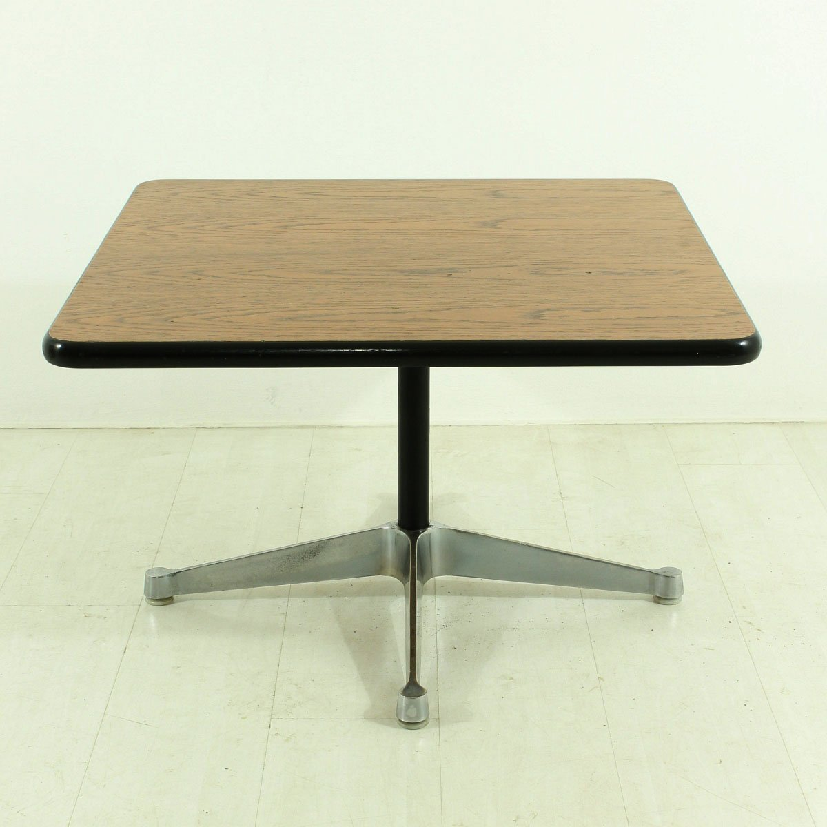 Vintage Four Star Base Coffee Table By Charles Ray Eames For Vitra For Sale At Pamono: bases for coffee tables