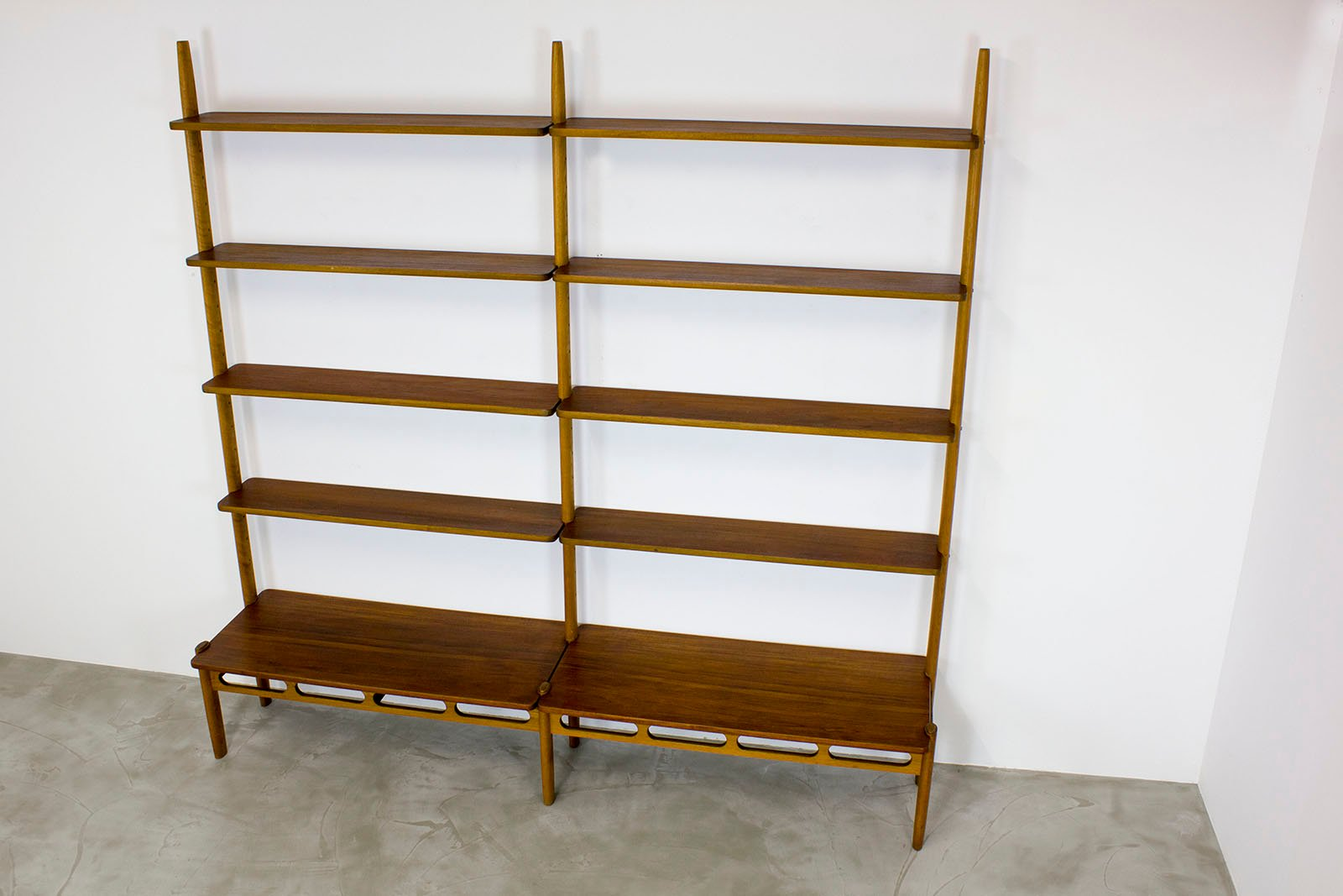 Vintage Shelving System by William Watting for Mikael ...