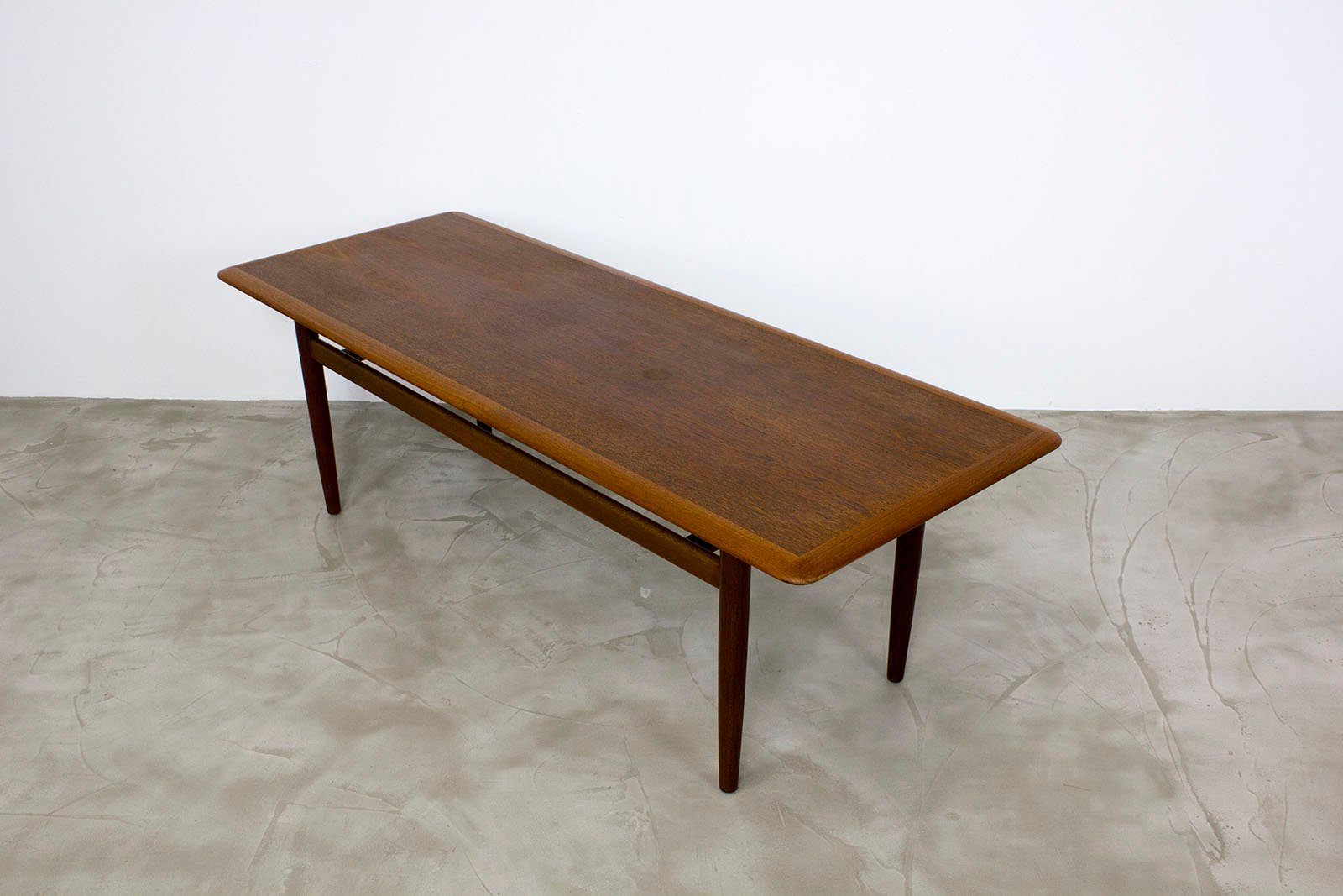 Danish modern teak coffee table 1960s for sale at pamono Modern teak coffee table