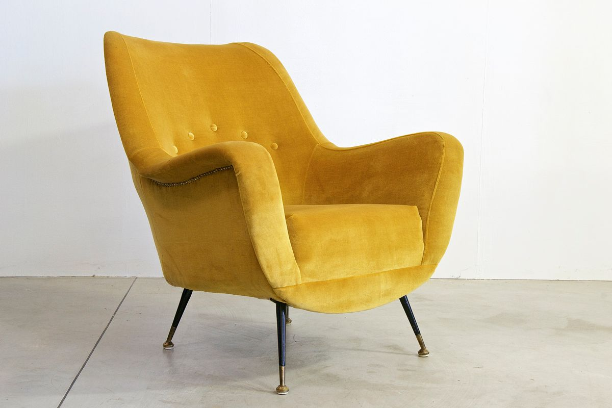 italienischer vintage sessel in senfgelb bei pamono kaufen. Black Bedroom Furniture Sets. Home Design Ideas