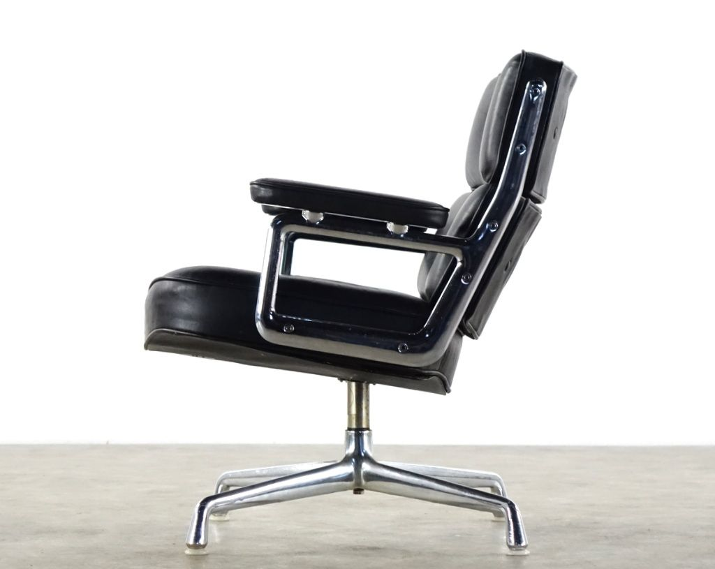 mid century time life lobby chair 675 by charles ray eames for herman miller for sale at pamono. Black Bedroom Furniture Sets. Home Design Ideas