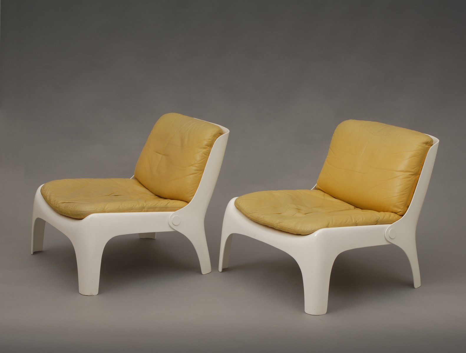easy fiberglass chairs s set of  for sale at pamono - previous