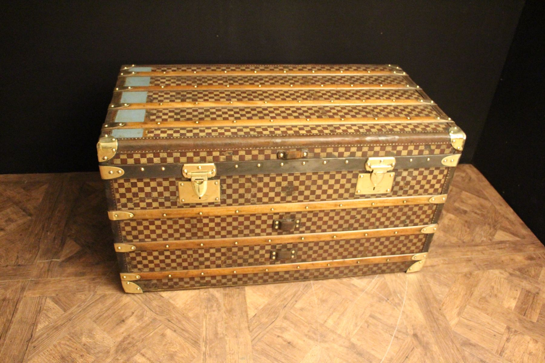 Steamer Trunk Furniture Checkered Steamer Trunk From Moynat 1930s For Sale At Pamono