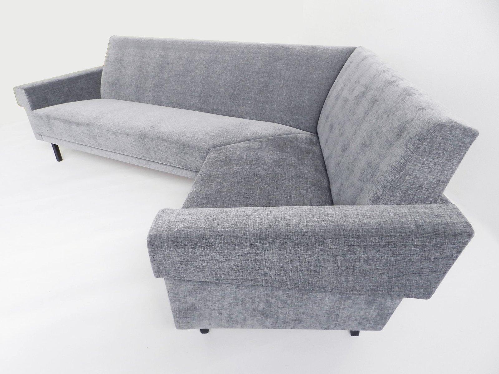 winkelf rmiges graues vintage sofa bei pamono kaufen. Black Bedroom Furniture Sets. Home Design Ideas