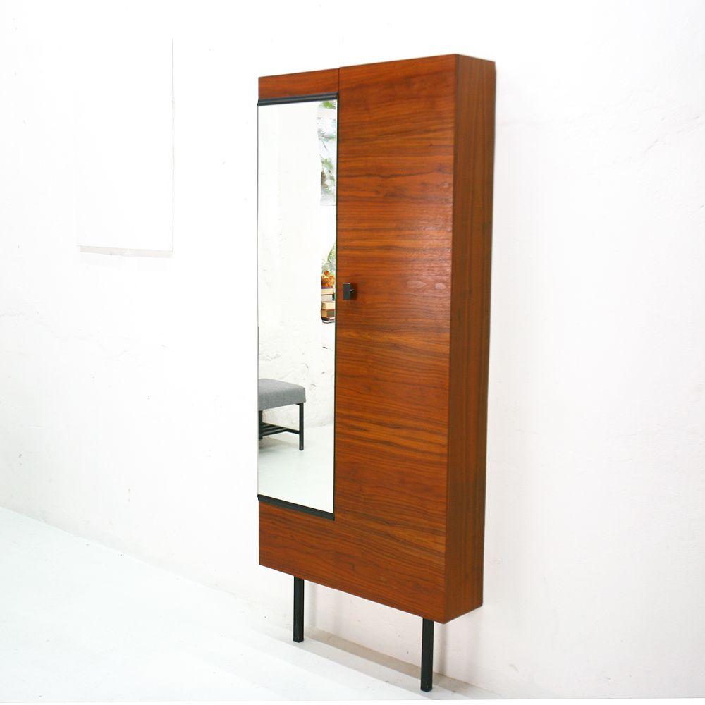 nussholz schuhschrank mit spiegel 1960er bei pamono kaufen. Black Bedroom Furniture Sets. Home Design Ideas