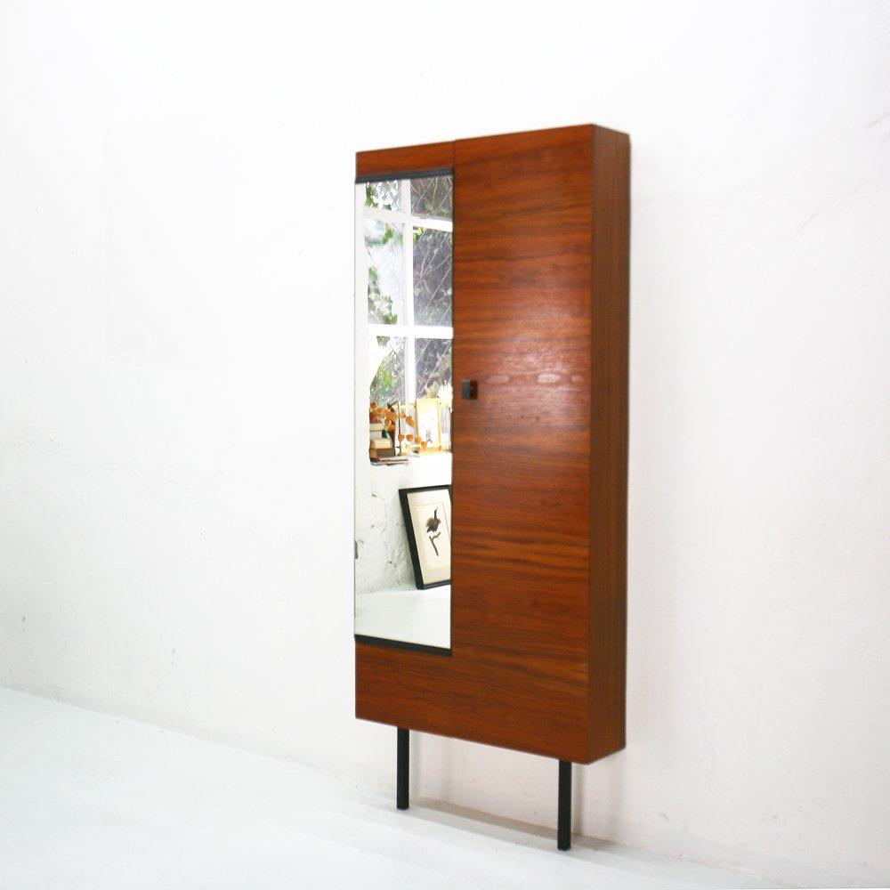 Nussholz schuhschrank mit spiegel 1960er bei pamono kaufen for Schmaler schuhschrank mit spiegel