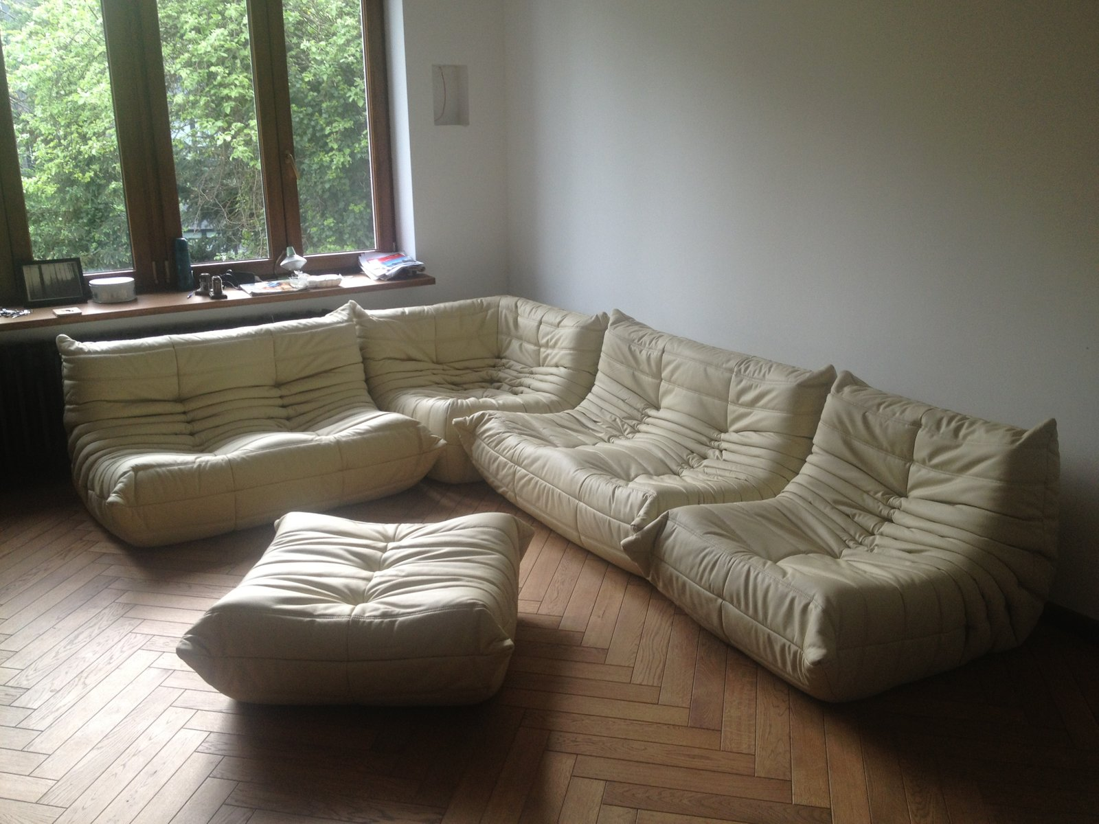 Vintage Beige Leather Togo Sofa Set By Michel Ducaroy For Ligne Roset, 1974 Part 95