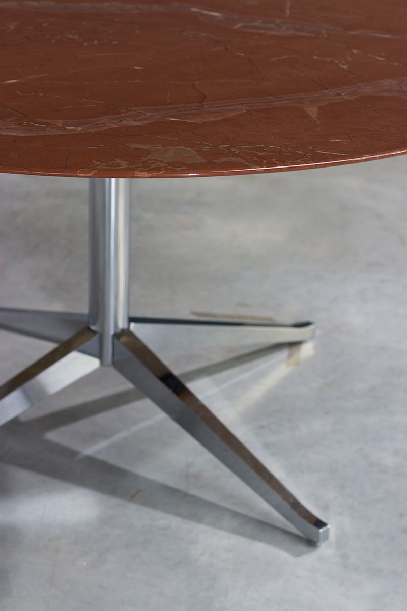 Round marble table - Vintage Round Marble Table By Florence Knoll