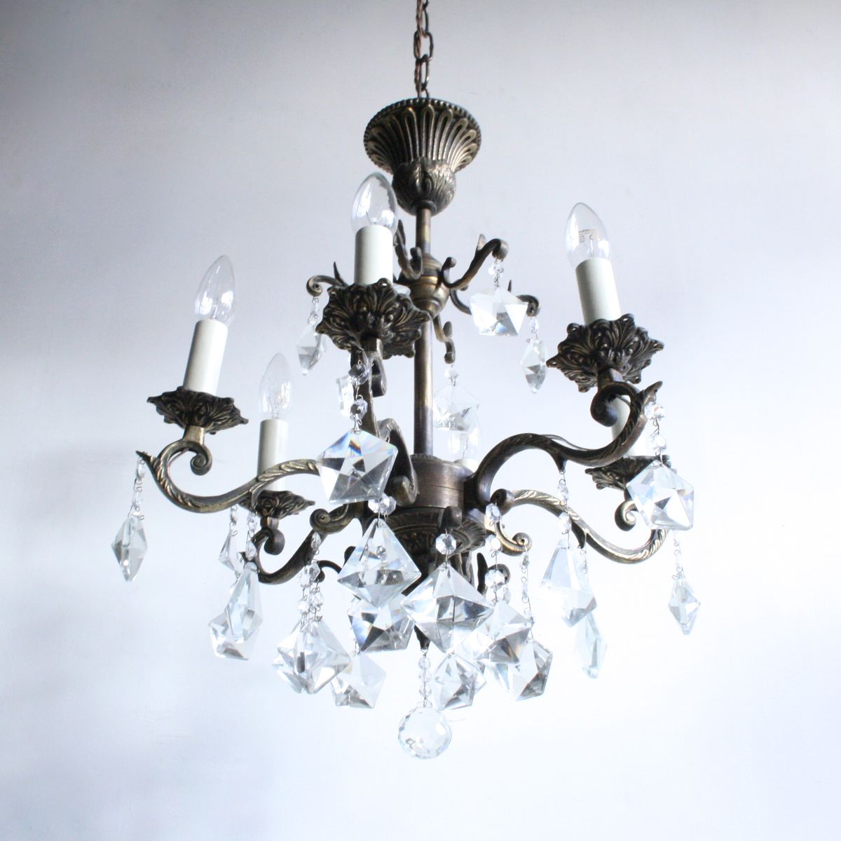 Antique French Brass & Crystal Chandelier - Antique French Brass & Crystal Chandelier For Sale At Pamono