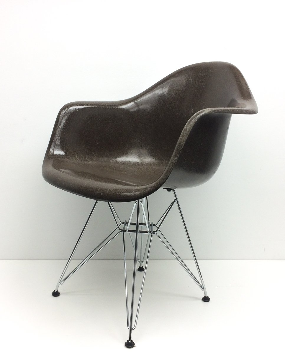 vintage brown armchair by charles ray eames for vitra. Black Bedroom Furniture Sets. Home Design Ideas