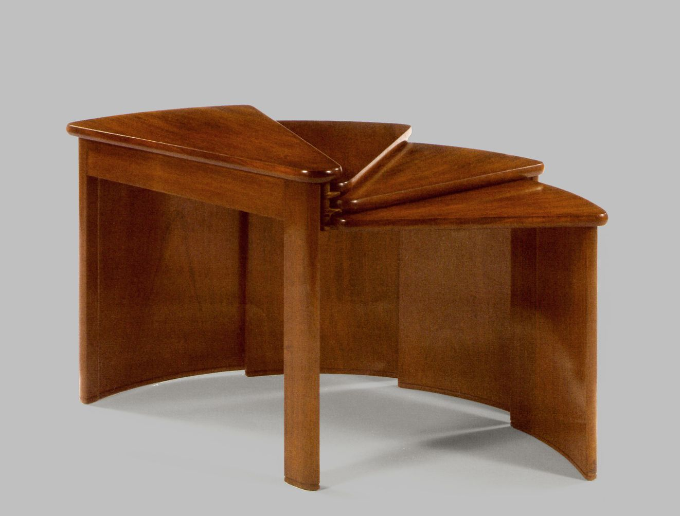 mb106 fan shaped table by pierre chareau 1920s for sale at pamono. Black Bedroom Furniture Sets. Home Design Ideas